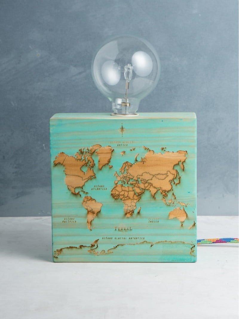Woodlamp mapamundi 1